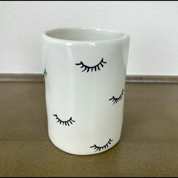 Rae Dun Eyelash Makeup Brush Vanity Vase (4.5in)